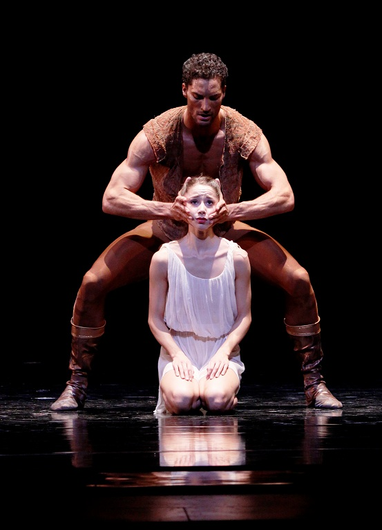 Joffrey - Othello - Fabrice Calmels  April Daly 1 photo by Herbert Migdoll