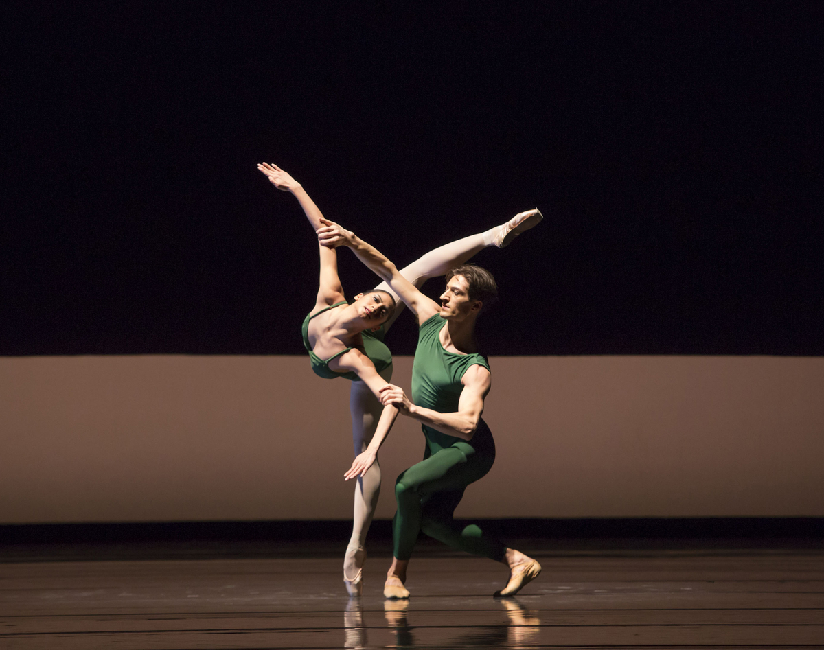 Joffrey Ballet - Continuum ft. Temur Suluashvili  Christine Rocas 2 - Photo by Cheryl Mann